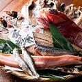 料理メニュー写真伴助商店の鯖の開き 一尾