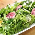 料理メニュー写真地元野菜のシンプルサラダ