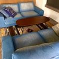 女子会にぴったり!デニム素材のソファー席でカジュアルにお食事が可能です。貸切は8~16名様で可能です。※禁煙席