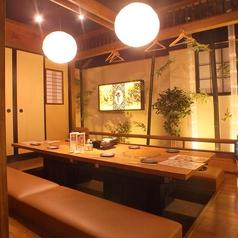 屋台や 旬蔵 黒川店の雰囲気1