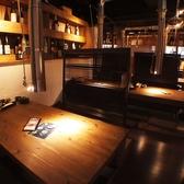 間接照明が暖かい落ち着いた空間をご用意!!プライベートな空間を大切にした半個室風の店内です!