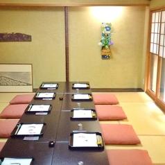京間8畳の個室が2座敷有。記念日や顔合わせ、ご法事、接待にもお使い頂けます。最大20名様ご利用頂けます。