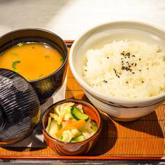 ご飯セット(味噌汁、お新香付き)