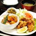 料理メニュー写真TWIN(A):唐揚げ+酢豚