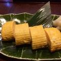 料理メニュー写真竹鶏たまごの縄文シャモガラ出し巻き卵