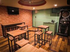 8~20名様用個室。カラオケ・ダーツ、ステージ完備。