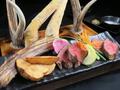 料理メニュー写真蝦夷鹿肉盛り合わせ