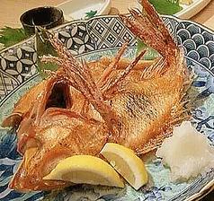 料理メニュー写真炙り各種 焼たらば蟹/きんき天然塩焼/真ほっけ開き/干しこまい/真いかの一夜干し
