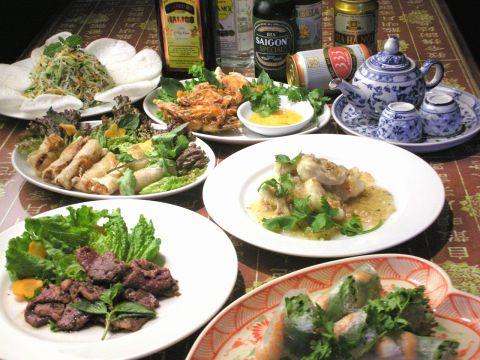 生春巻き・フォーなどベトナム定番料理をどうぞ♪