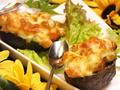 料理メニュー写真アボカドとエビのチーズたっぷりグラタン