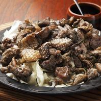 本場九州料理も◎肥後赤鶏の炭火黒胡椒焼き
