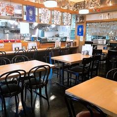 [1F]最大25名様までOKのテーブル席&カウンター席。仕事帰りに一杯楽しむのにお薦め♪※当店は全面禁煙です