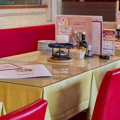 テーブルレイアウトは用途に合わせて組換え可能。まずはご相談ください♪