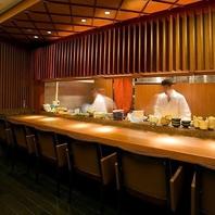 <伝統的技法や遊び心から生まれる新しい北海道料理>