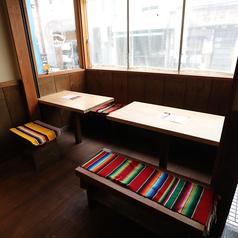 4名テーブル席は1卓のご用意がございます。