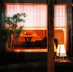 落ち着いた雰囲気の完全個室で8名様まで宴会が愉しめます。接待に◎
