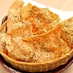 料理メニュー写真鶏せんべい(のり塩)