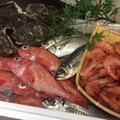 料理メニュー写真北海道産キンキ、生甘エビ、長崎産どんちっち鯵、大分産特大岩牡蠣