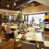 CAFE BAR VALIS カフェ&バル バリーズ 名駅の雰囲気3