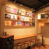 【3Fカウンター席】3Fのカウンター席は音楽を楽しみながらお酒が飲めるくつろぎ空間。