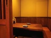 4名席×11、最大30名まで収容可能な個室有り