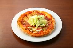 料理メニュー写真ミラノサラミとトマトのマルゲリータ