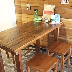 テーブル4名掛け席☆
