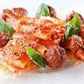 料理メニュー写真ゴロゴロお肉のナポリ風ミートソース パッケリ