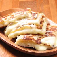 人気のチーズナン