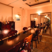 1部屋のみの完全個室は6名~12名までご利用可能。ご予約可能時間は17:00~21:00♪早めのご予約をお願いします。