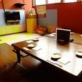 2階席 キッズスペース付き個室。小さなお子様連れにも安心のキッズスペース完備。お子様向けのDVDの無料貸し出しを実施しております♪ママ会やご家族でのお食事にもぴったりです。各種宴会にもご利用頂けます。