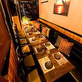 2~4名様の少人数個室を多数完備しております。お仕事帰りの飲み会や女子会にもお気軽にご利用頂けます。接待などにも◎!広々とした落ち着きある空間でゆったりとした時間をお過ごしいただけます。ご宴会にもオススメ♪定番バル料理から当店オリジナルの創作バル料理まで!!宴会,飲み会にも最適です◎