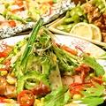 料理メニュー写真季節のサラダ風料理