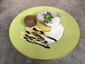 料理メニュー写真ベリーパンケーキ・チョコバナナパンケーキ