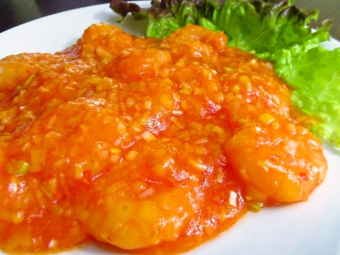 医食同源を目指すシェフの作る、健康を意識した野菜たっぷりの本格中華料理。