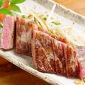 料理メニュー写真黒毛和牛の内モモステーキ(100g)