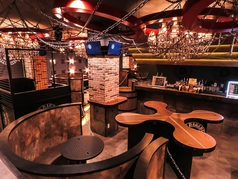 Standing Bar DDD