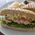 料理メニュー写真大山鶏ローストチキン