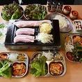 【ドラゴン最強コンビコース3000円】名物チーズタッカルビ、そして鶏の丸鍋がどちらも愉しめるコースです。+1500円で全80種以上のドリンクが2H飲み放題可能!
