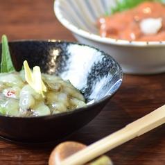 料理メニュー写真いか塩辛/たこわさび