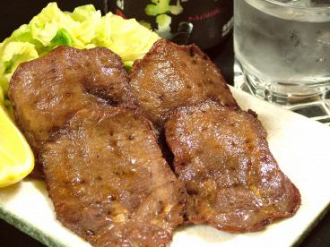 牛たん炭焼の利助のおすすめ料理1
