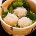 料理メニュー写真【佐賀県】蒸篭で出来立てほかほかをご提供 『呼子の烏賊シュウマイ』