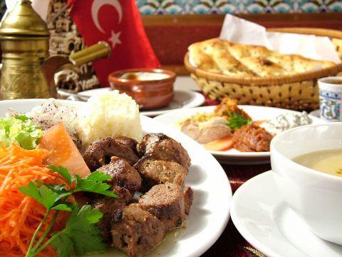 世界3大料理の一つ、トルコ料理。まだ体験したことがない人は是非!!