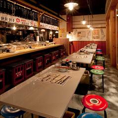 【博多の屋台を連想する店内】気軽に食べて飲んで楽しめる博多居酒屋です!!