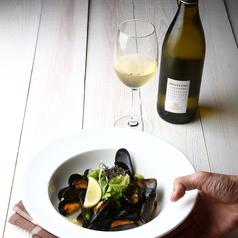 料理メニュー写真ムール貝の白ワイン蒸し~レモン蒸し~