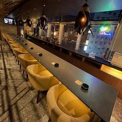 Dinning Bar PHI PHI ピピ 西中洲店の雰囲気1