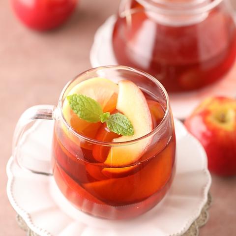果実の美味しさを味わう具たくさんフルーツティーをどうぞ