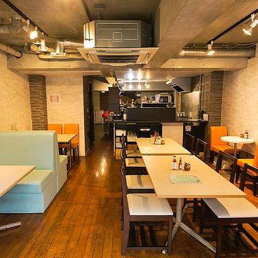 沖縄ダイニング Hiro's cafeの雰囲気1