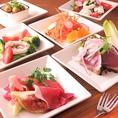 イタリアのおつまみも充実!熟成生ハムやカプレーゼはもちろん、人気の新鮮いわしのマリネやイタリアンオムレツも絶品です!!