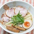 料理メニュー写真白しょうゆ麺